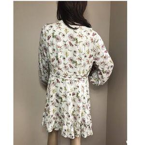 Taylor & Sage Dresses - Taylor& Sage Small Floral Cut Out chest Mini Dress